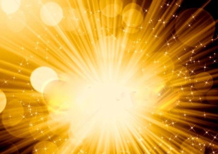 похоже на золотистый свет, которым напитывают Душу